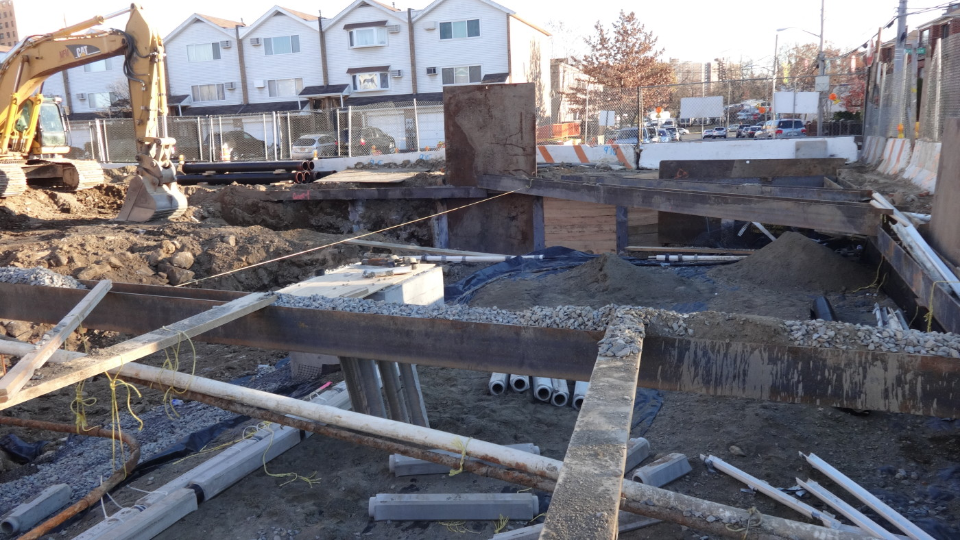 MFM Contracting worksite at Reconstruction of Boller and Needham Avenues
