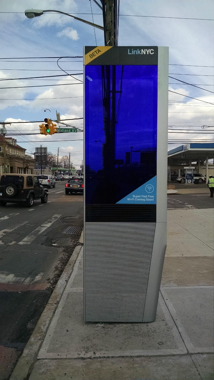 Wi-Fi LinkNYC Kiosk Installation CityBridge 5